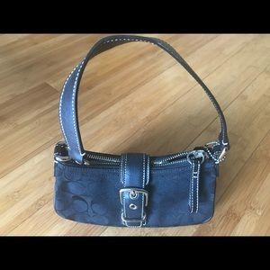 Authentic black signature coach purse NWOT